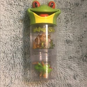 rainforest cafe Kitchen - Rainforest cafe drink cup with toy frog